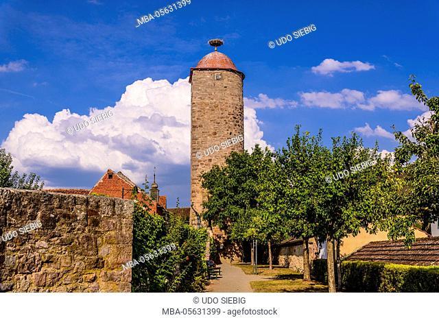 Germany, Bavaria, Lower Franconia, 'Fränkisches Saaletal' (Saale valley), Hammelburg, city wall with 'Mönchsturm' (fortified tower)