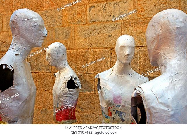exhibition of busts of mannequins, Temps de Flors 2018, Girona, Catalonia, Spain