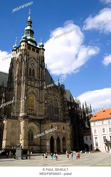 Czech Republic, Prague, Saint Vitus's Cathedral, tourists