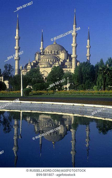 Minarets, Suleymaniye Mosque, Istanbul, Turkey