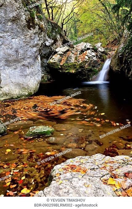 auzun-uzen stream in grand canyon of crimea