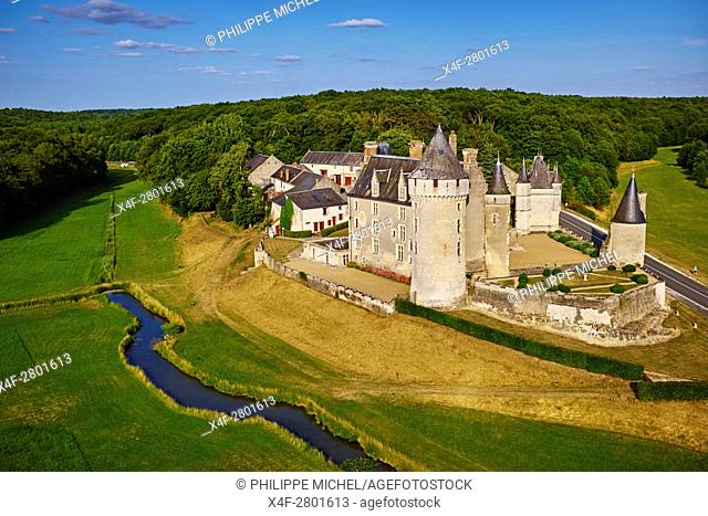 France, Indre-et-Loire (37), Cere-la-Ronde, Montpoupon castle, 13th - 15th century, Museum of hunting with hounds, aerial view