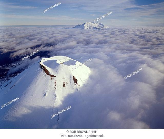 Mount Ngauruhoe and Mount Ruapehu, Tongariro National Park, New Zealand