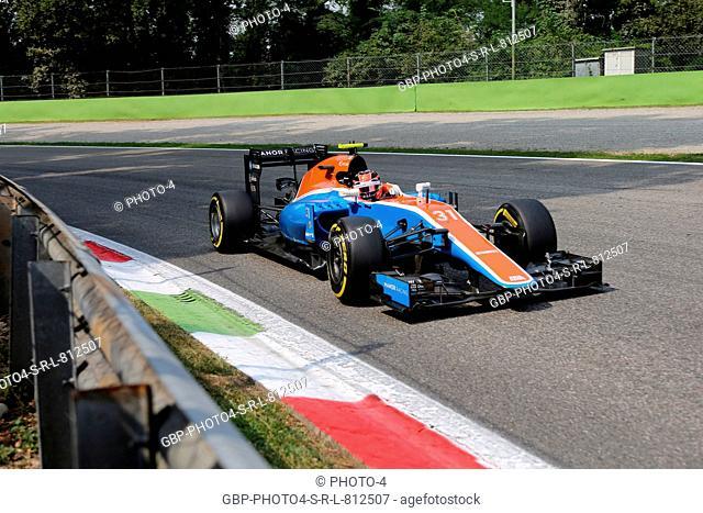 02.09.2016 - Free Practice 2, Esteban Ocon (FRA) Manor Racing MRT05