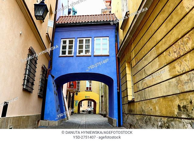 calm passage between Jezuicka and Brzozowa streets, Old Town of Warsaw, UNESCO World Heritage, Warsaw, Poland, Europe
