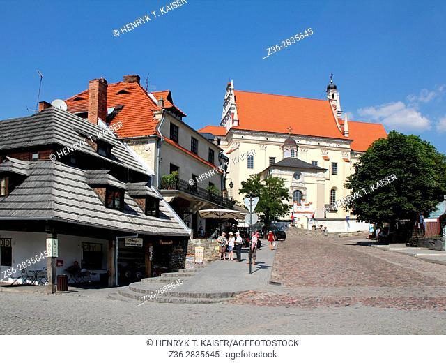 Parish Church ( Kosciol farny sw Jana Chrzciciela i sw Bartlomieja) in Main Marekt Square, Kazimierz Dolny, Poland
