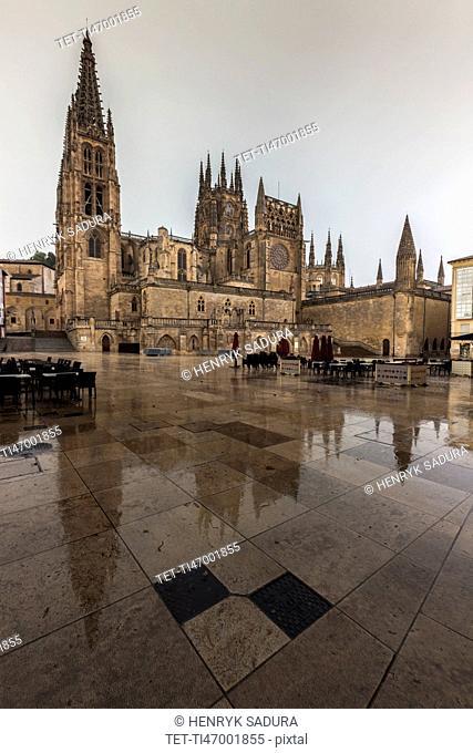 Spain, Castile and Leon, Burgos, Burgos Cathedral on Plaza de San Fernando