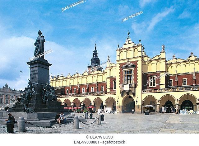 Poland - Malopolskie voivodship - Krakow Historic Centre (UNESCO World Heritage Site, 1978). Rynek Glowny, or Main Market Square