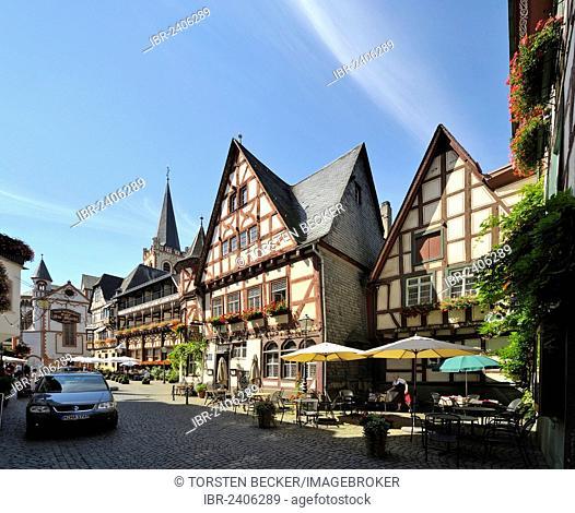 Weinhaus Altes Haus tavern, Am Markt, Bacharach, UNESCO World Heritage Site, Rhineland-Palatinate, Germany, Europe