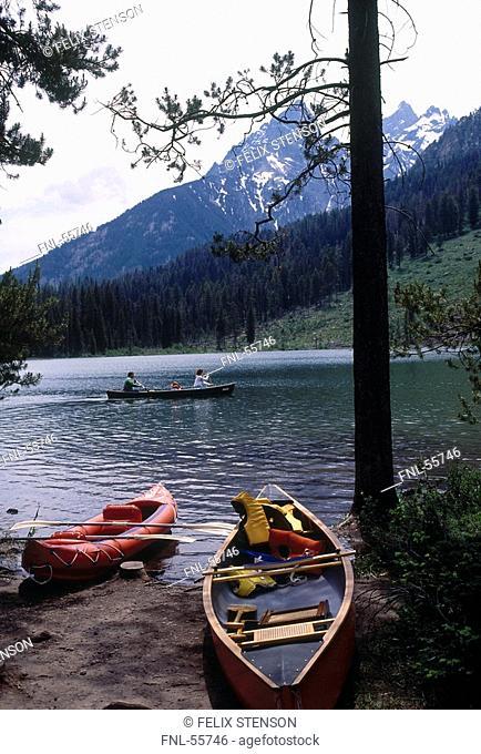 Canoe at lakeside, String Lake, Grand Teton National Park, Wyoming, USA