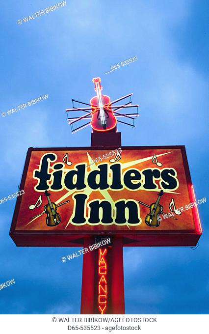 Country Music Mecca of the Midwest. Neon Sign for the 'Fiddlers Inn'. Branson. Missouri. USA
