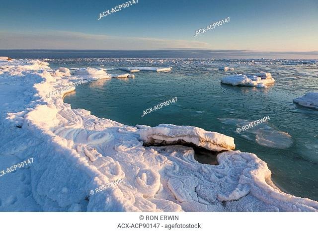 Ice floes at the coast of Hudson Bay at the Seal River estuary (north of Churchill) in Manitoba, Canada