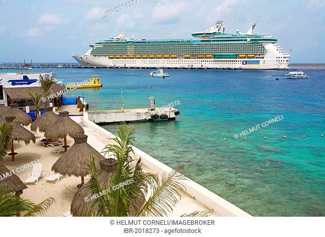 Freedom of the Seas, a cruise ship, small beach, San Miguel, Cozumel, Mexico, Caribbean