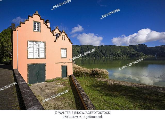 Portugal, Azores, Sao Miguel Island, Furnas, Lago das Furnas lake, lake side boat rental buildling