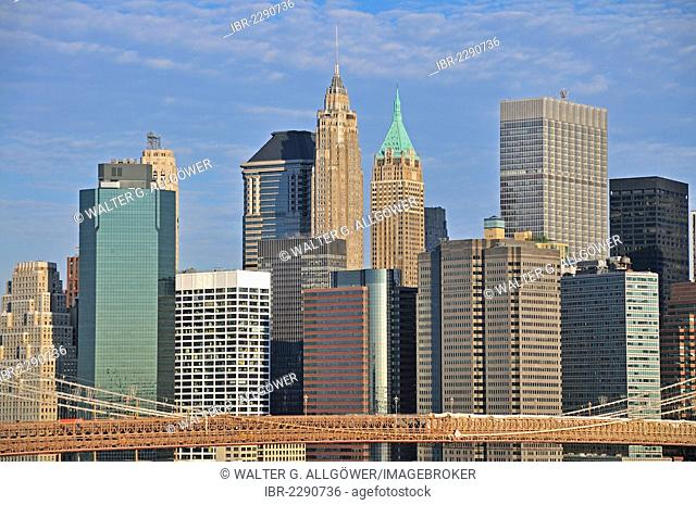 High-rise buildings, Financial District in Lower Manhattan and Brooklyn Bridge, view from Manhattan Bridge, Manhattan, New York City, USA, North America