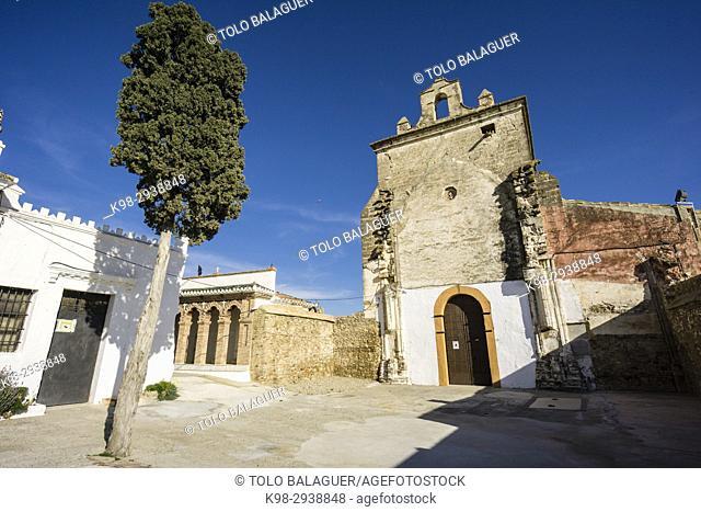 primitiva iglesia parroquial de Nuestra Señora de la Encarnación, sigloXVII, Alora Castle, siglo X, Cerro de Las Torres. monumento nacional, Álora, Malaga