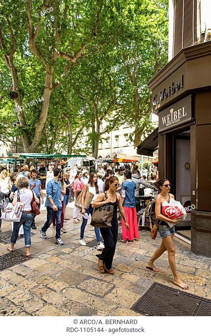 market, aix en provence, provence, southern france, france, europe