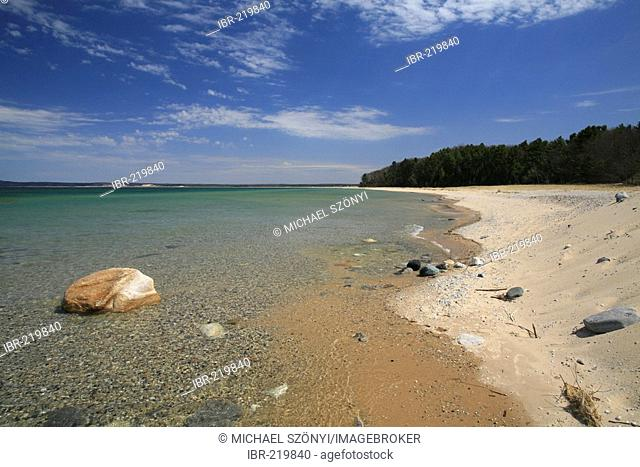 Coast on Lake Michigan's Sleeping Bear Dunes National Lakeshore, Michigan, USA