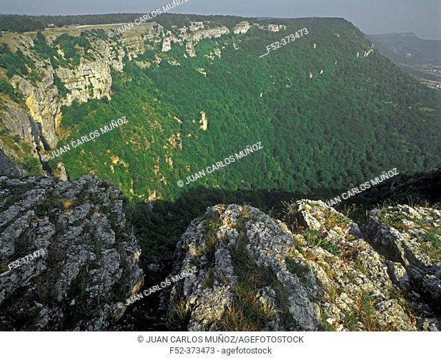 Balcón de Pilatos. Urbasa mountain range. Navarre. Spain