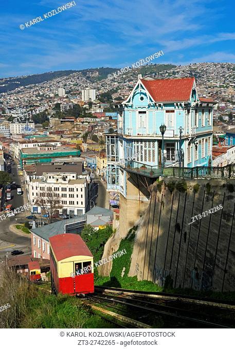 Chile, Valparaiso, View of the Artilleria Funicular Railway