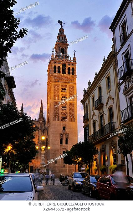 Giralda Tower at sunset, Sevilla, Andalucía, Spain, Europe october-2009