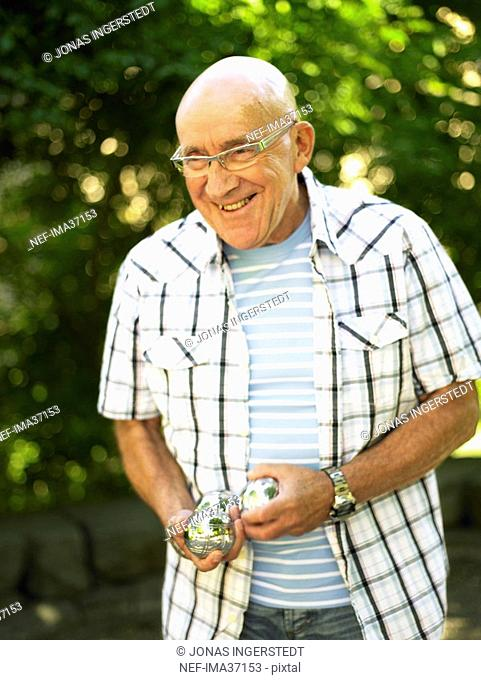 Man playing boule