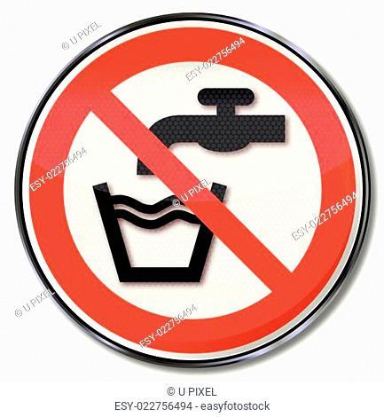 Verbotsschild kein Trinkwasser