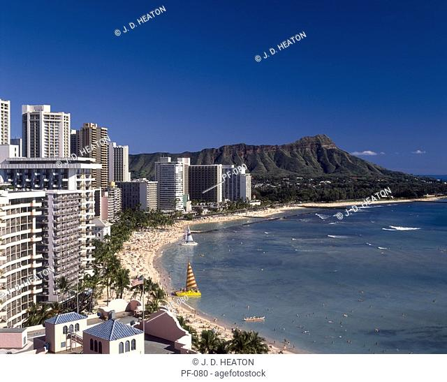 U.s.a hawaii. Waikiki beach and diamond head