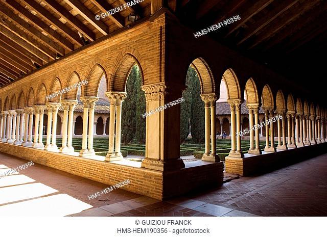 France, Haute Garonne, Toulouse, Couvent des Jacobins Jacobin convent, cloister gallery