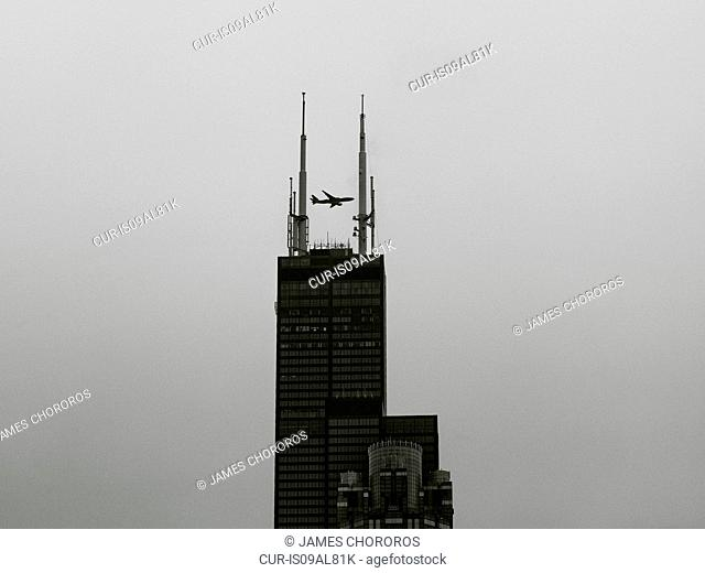 Sears (now Willis) Tower, with a plane in the distance, Chicago, USA