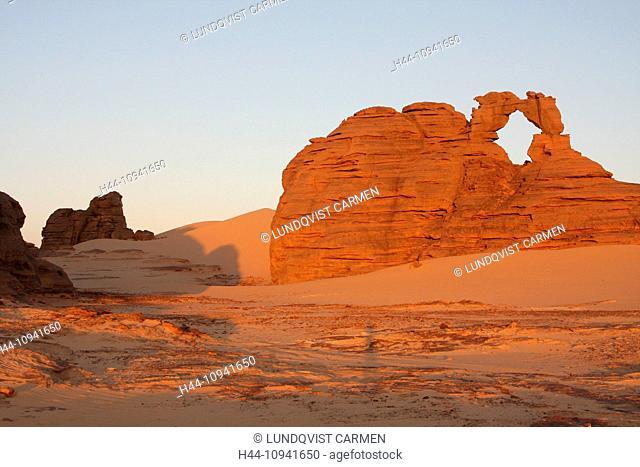 Algeria, Africa, north Africa, desert, sand desert, Sahara, Tamanrasset, Hoggar, Ahaggar, rock, rock formation, Tassili du Hoggar, morning, morning light