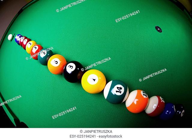 Snooker, vivid colors, natural tone
