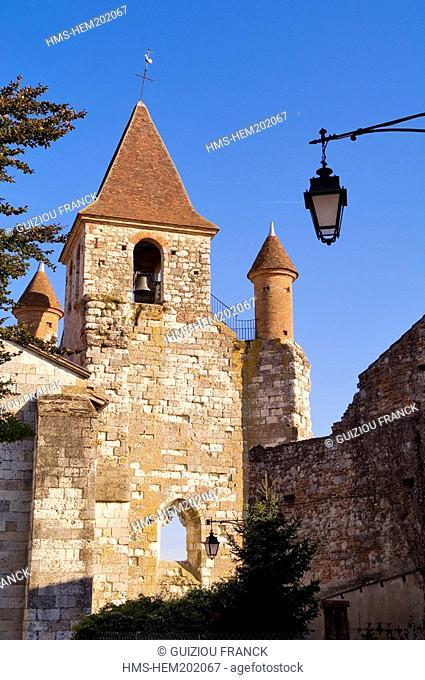 France, Tarn et Garonne, Auvillar, labelled Les Plus Beaux Villages de France The Most Beautiful Villages of France, Saint Pierre church 12th century