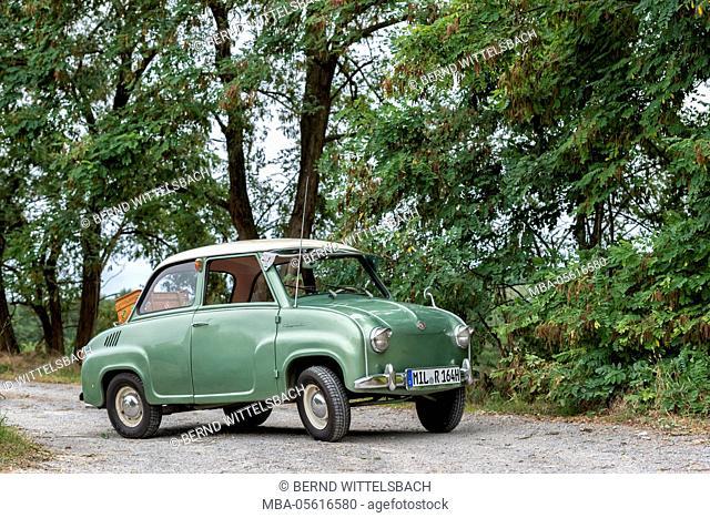 Elsenfeld, Bavaria, Germany, Goggomobil T 250, 1965 model, cubic capacity 250 ccm, 13.6 HP, Producer Hans Glas GmbH in Dingolfing