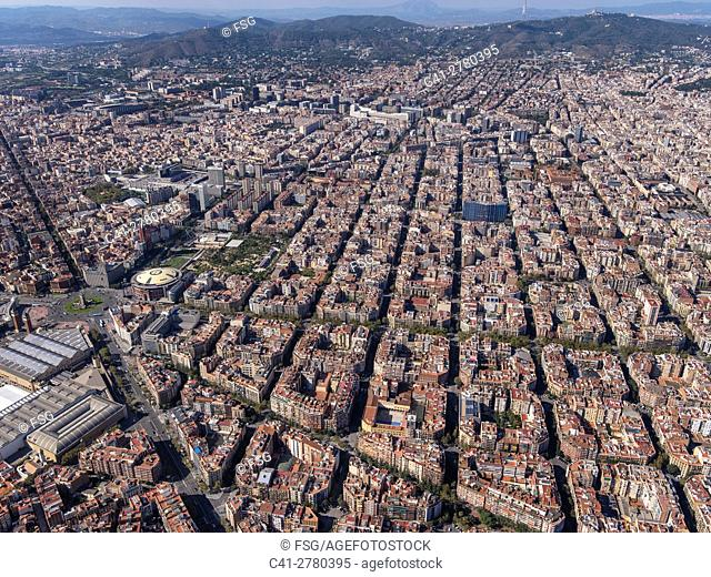 """Aerial view of the quarter of """"""""L'Eixample"""""""" with the characteristic grid in Barcelona"""