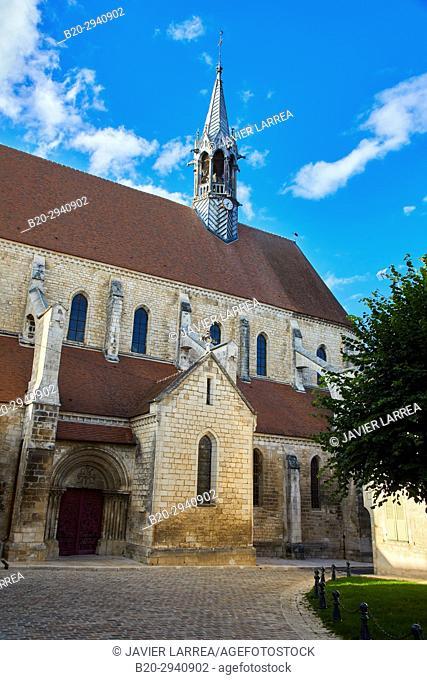 Collégiale Saint-Martin, Chablis, Yonne, Bourgogne, Burgundy, France, Europe