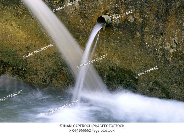 Water jets, Granadaerreka, Regil, Gipuzkoa, Basque Country, Spain
