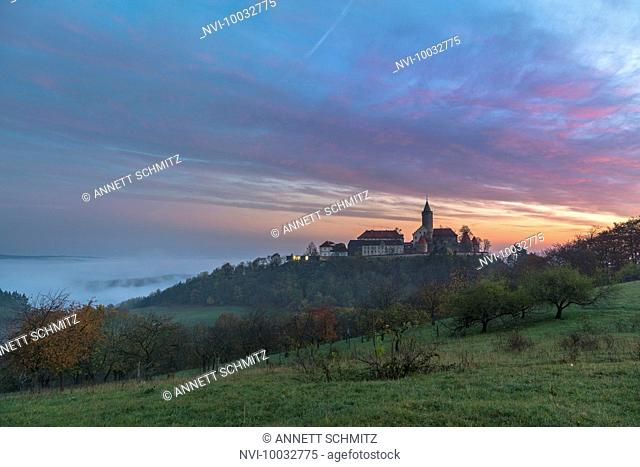 Leuchtenburg in the morning mist, Seitenroda, Kahla, Thuringia, Germany