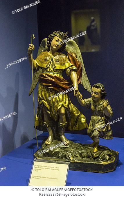arcángel San Rafael guiando a Tobias, talla en madera, estofada,encarnada y policromada, siglo XVIII, museo colonial, Hotel museo Casa Santo Domingo