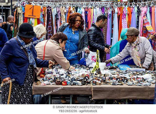 People Shopping In Petticoat Lane Market, London, England