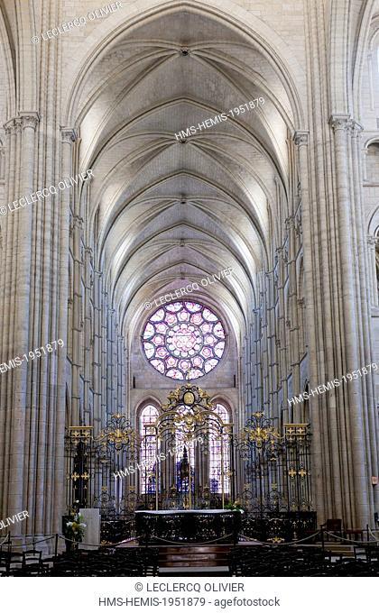 France, Aisne, Laon, inside the cathedral Notre Dame built between 1150 and 1180