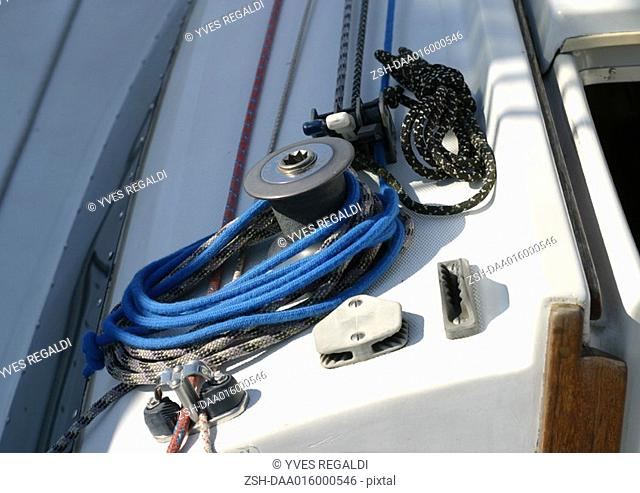 Capstan and rigging