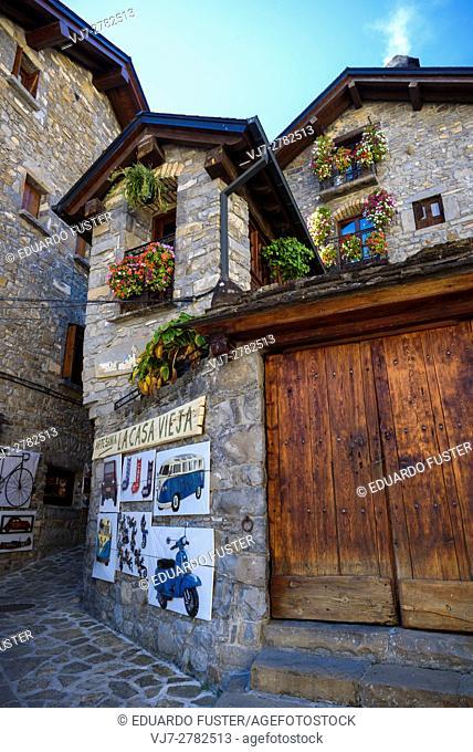 Torla street (Huesca, Spain)