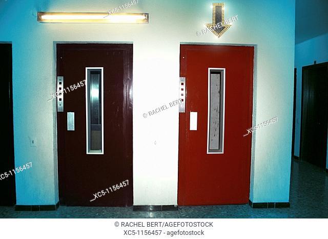 Choose a lift. Digital compositing