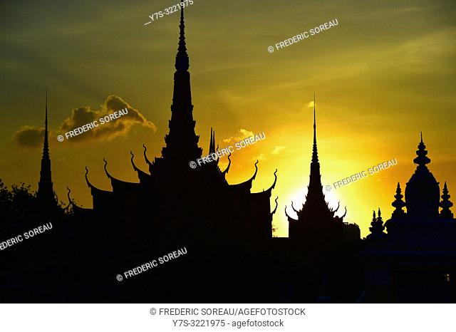The Royal Palace at Sunset,Phnom Penh,Cambodia,South east Asia