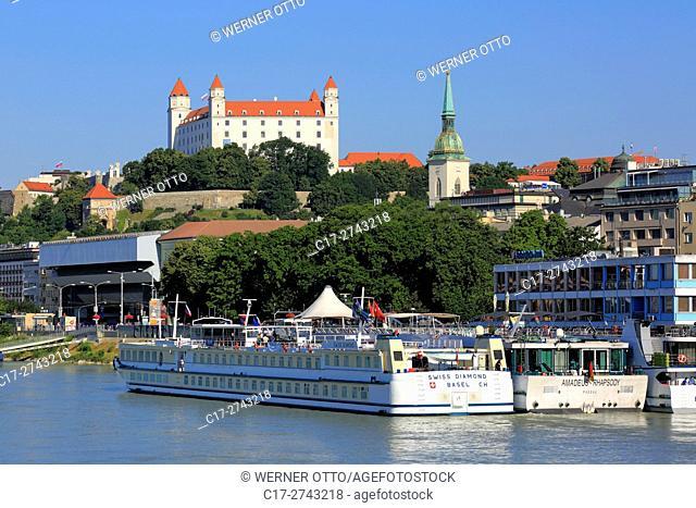 Slovak Republic, Slovakia, Bratislava, Capital City, Danube, Little Carpathians, Bratislava Castle on the castle hill and Martins Cathedral, Danube promenade