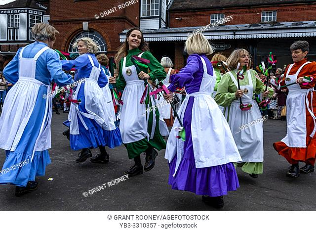 The Knots of May Female Morris Dancers Perform At The Annual â. . Dancing in the Oldâ. . In Harveys Brewery Yard To Celebrate The Return Of The â