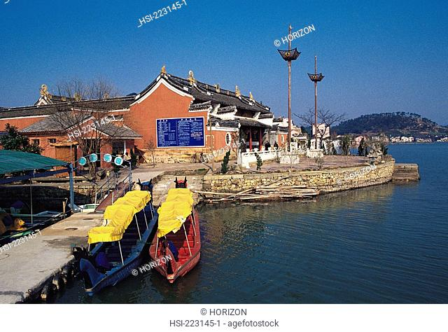 China, Zhejiang, Ningbo, River and Jetty, Boats
