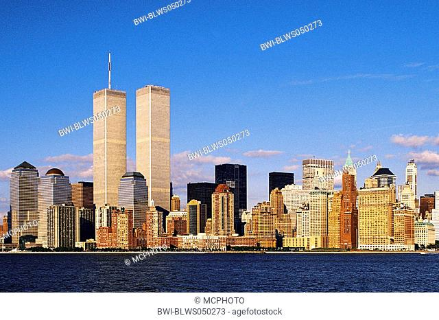 Manhattan Island from the Hudson River with World Trade Center, USA, New York, Manhattan