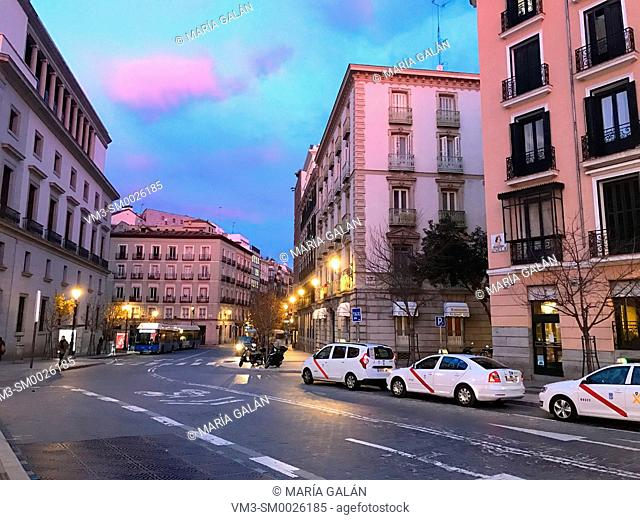 Isabel II Square at dawn. Madrid, Spain